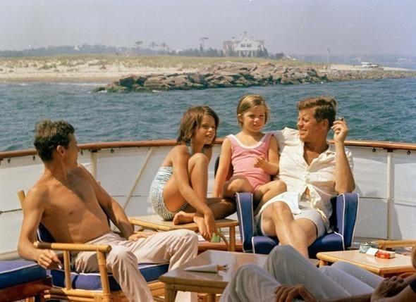 Архивные фотографии семьи Джона Кеннеди. Изображение № 7.