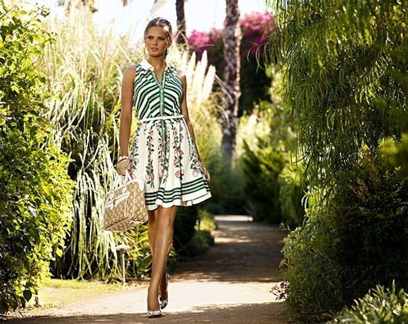 Лукбуки: Chloë Sevigny for Opening Ceremony, Louis Vuitton и Lou. Изображение № 28.