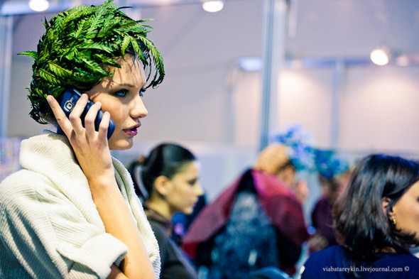 Backstage Ukrainian Fashion Week. Изображение № 29.
