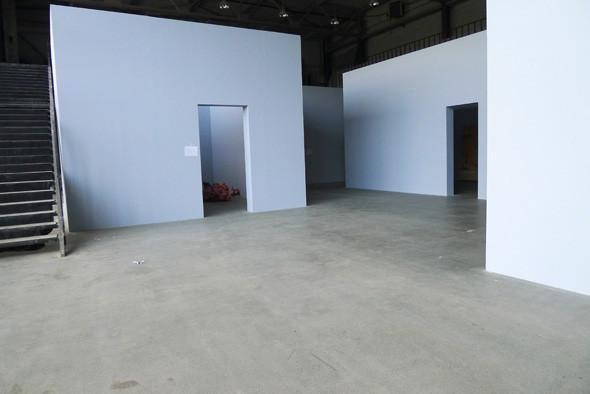 Личный опыт: Как я участвовал в 4-й Московской биеннале. Изображение №32.
