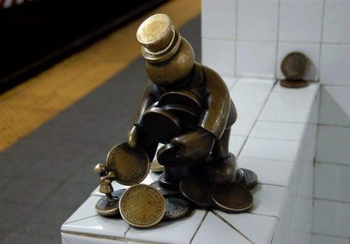 Скульптуры вНью-Йоркском метро. Изображение № 9.