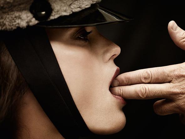 Съёмка: Ясмин Ле Бон для L'Officiel. Изображение № 4.