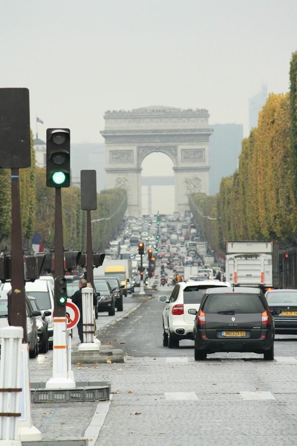 A Paris. Заметки путешественника. Изображение № 6.