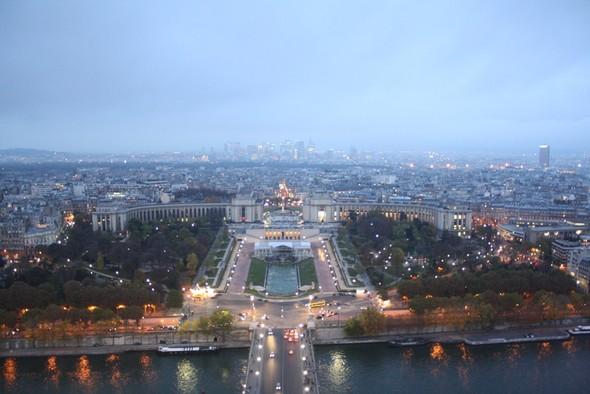 A Paris. Заметки путешественника. Изображение № 29.