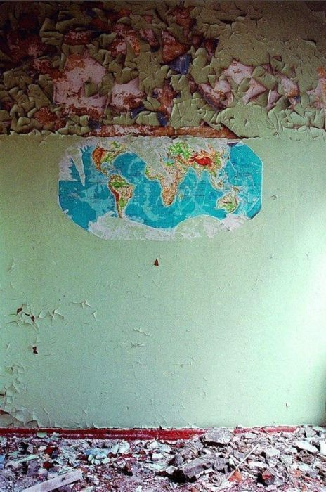 Заброшенная школа, Эстония. Изображение № 4.