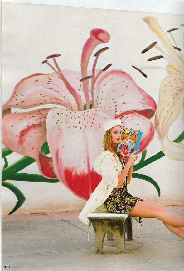 Изображение 107. Съемки: Harper's Bazaar, Industrie, Vogue и другие.. Изображение № 26.