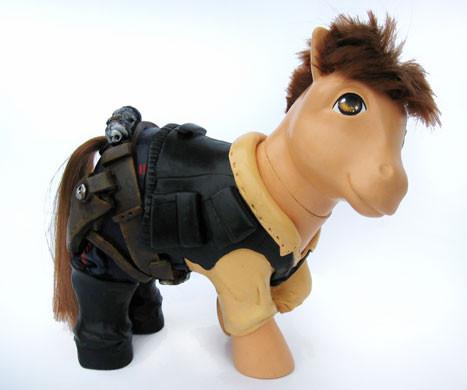 MyLittle Pony играют вкино. Изображение № 6.