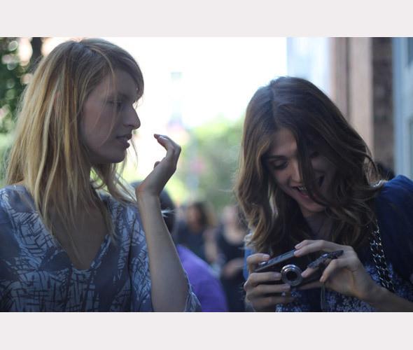 Нерабочее время: Блоги об уличном стиле моделей. Изображение № 43.