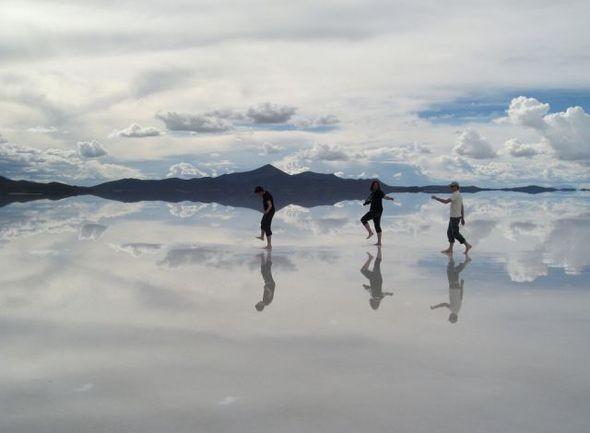 Изображение 6. Зеркало Земли - озеро Salar de Uyuni.. Изображение № 1.