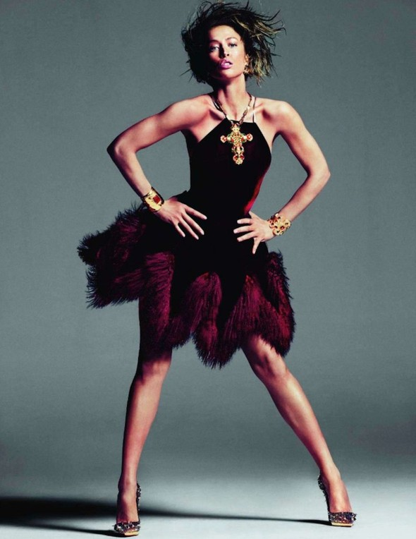 Съёмка: Ракель Зиммерманн для Vogue. Изображение № 11.