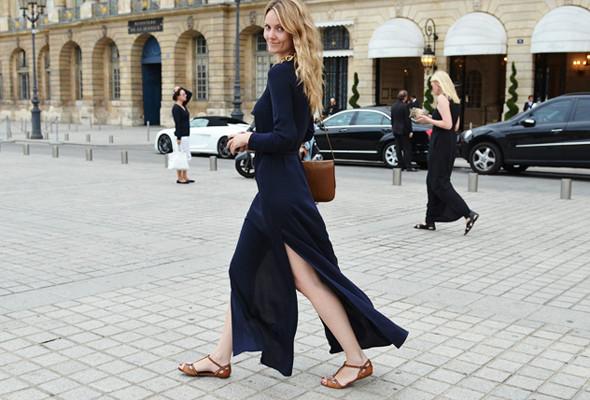 Уличный стиль на Неделе высокой моды в Париже. Изображение № 10.