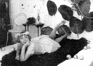 1966 Sedmikrásky (Маргаритки). Изображение № 3.