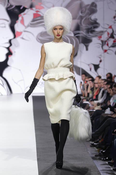 """Коллекция """"La Femme Magnifique"""" Модного Дома Игоря Гуляева. Изображение № 16."""