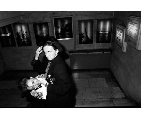 Гарри Асcа и Ира Авария. 1986. Фото: Сергей Борисов. Изображение № 4.