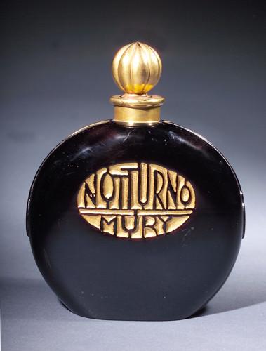Самые красивые флаконы парфюма. Изображение № 21.