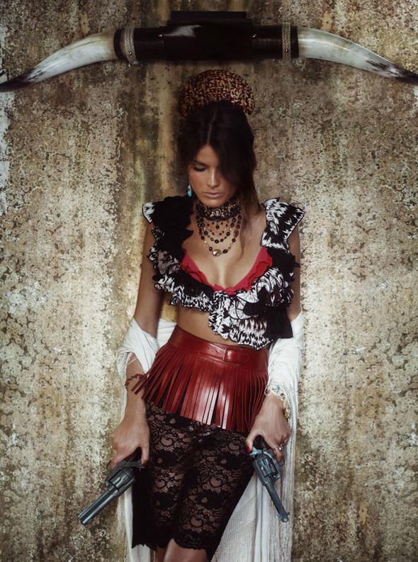 Съёмка: Изабели Фонтана для Vogue. Изображение № 6.