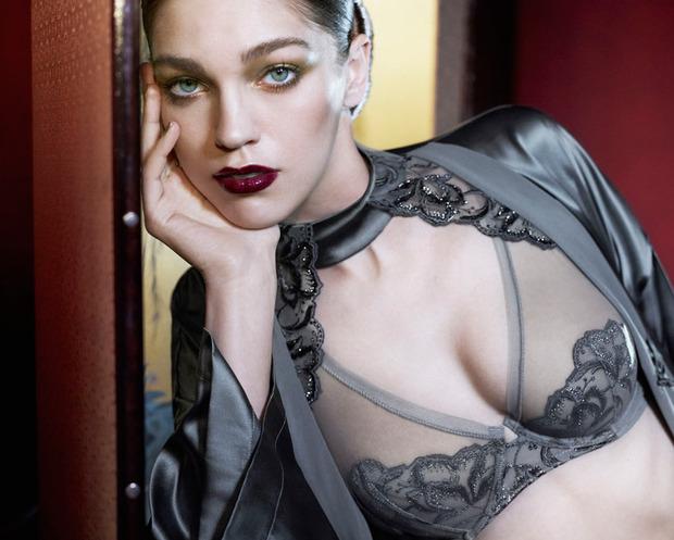 Лукбук осенне-зимней кампании бренда нижнего белья La Perla. Изображение № 10.