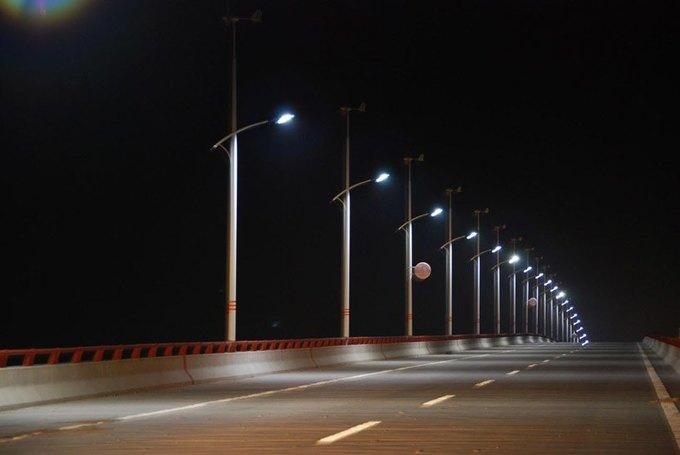 Китайцы будут освещать улицы энергией солнца и ветра. Изображение № 1.