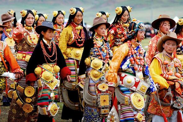 Тибет: семейные ценности и традиционные костюмы. Изображение № 3.