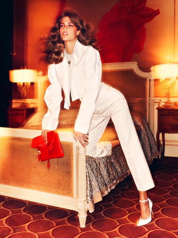 Съёмка: Кендра Спирс для российского Vogue. Изображение № 3.