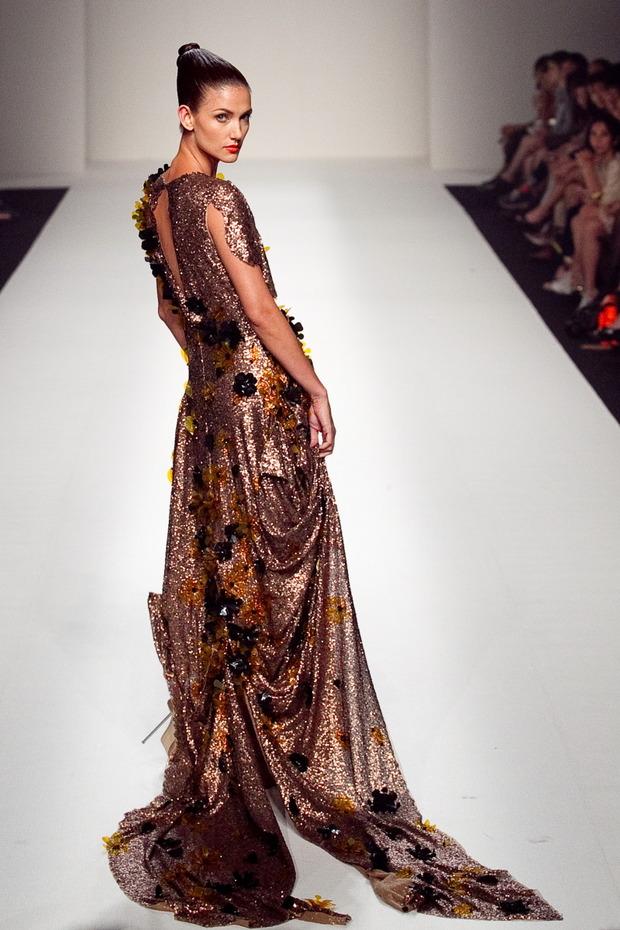 MERCEDES-BENZ FASHION WEEK RUSSIA: KAI – королевский дизайнер Тайланда. Изображение № 1.