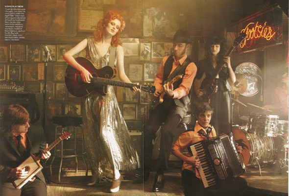 Изображение 106. Музыка нас связала: 10 модных съёмок с музыкантами.. Изображение № 60.