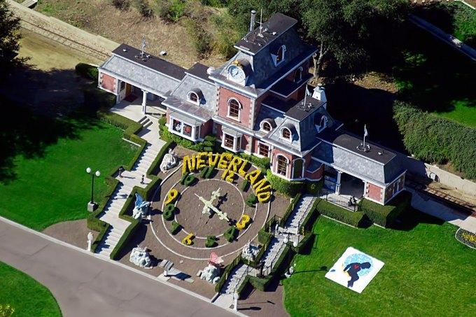 Ранчо Neverland Майкла Джексона выставлено на продажу. Изображение № 1.