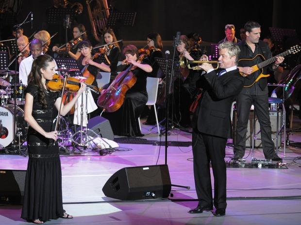 Крис Ботти и Лиза Фишер в Ташкенте. Изображение № 2.