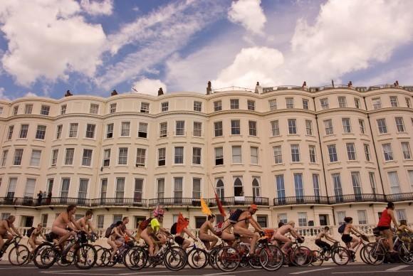 World Naked Bike Ride Day. Изображение № 1.