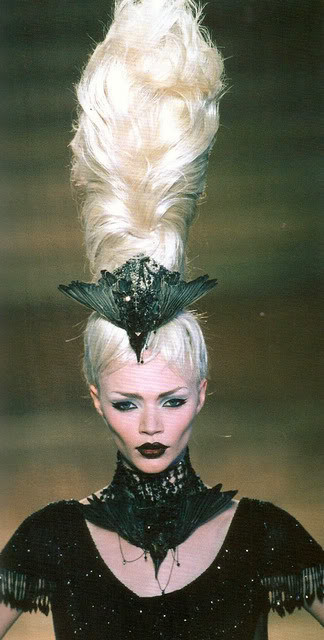 Ghoulish glamour. Изображение № 17.