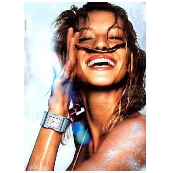 Архивная съёмка: Жизель Бундхен для кампании Dior SS 2002. Изображение № 2.