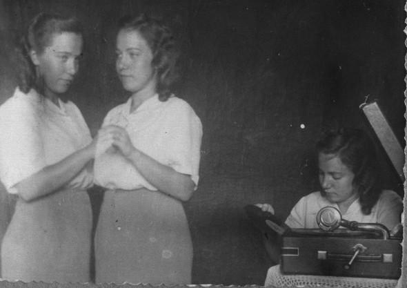 Домашние фото-эксперименты вдовоенном СССР. Изображение № 5.
