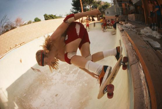 Hugh Holland. Скейтборд-хроники 70-х. Изображение № 29.
