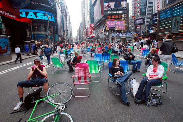 Площадь Таймс-сквер стала пешеходной. Изображение № 16.