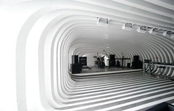 Под стойку: 15 лучших интерьеров баров в 2011 году. Изображение № 72.