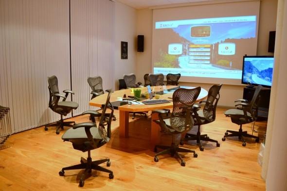 Студия CCP в Рейкьявике, где делают онлайн-игру EVE. Изображение № 30.