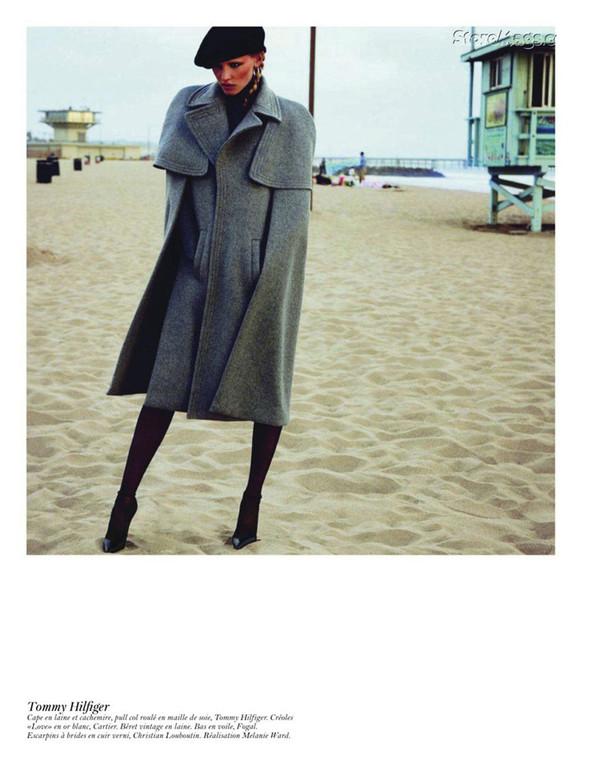 Съёмка: Аризона Мьюз, Лара Стоун, Наташа Поли и другие модели во французском Vogue. Изображение № 64.