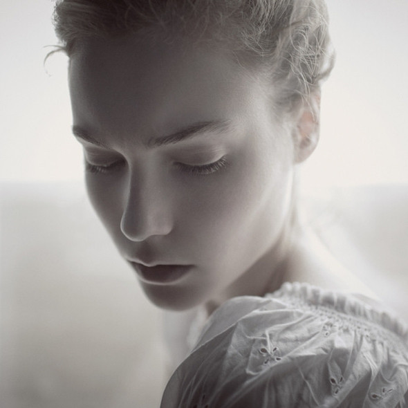 Тонкие материи в фотографии Томека Янковски. Изображение № 10.
