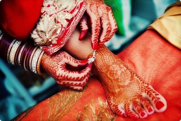 Надя иЧаранджит – Индийская сказка. Изображение № 22.