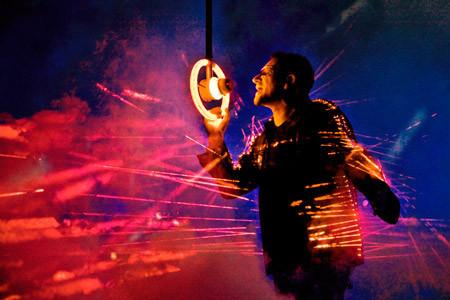 Лазерный костюм Боно. Изображение № 4.