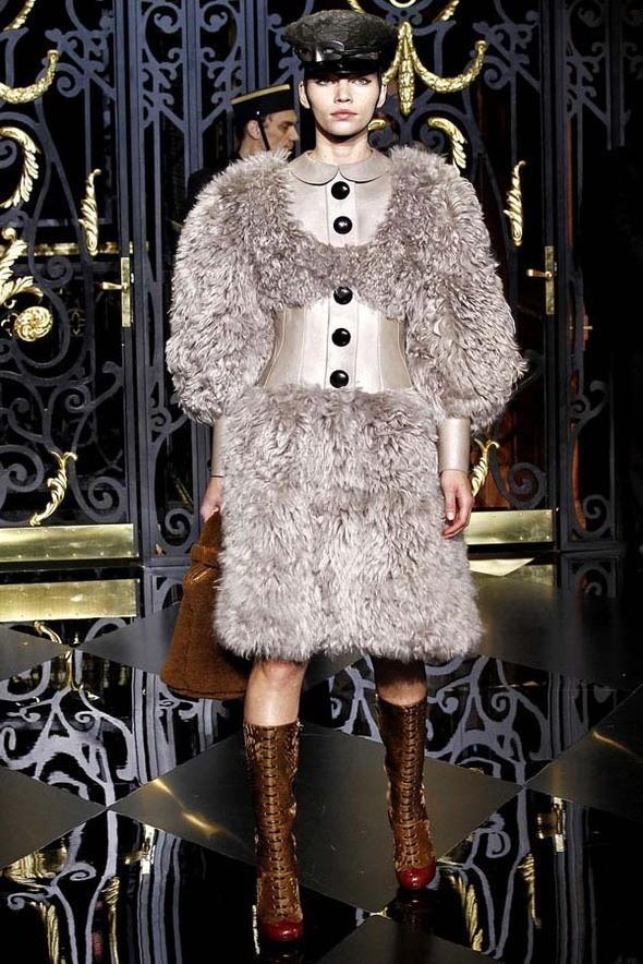 Изображение 18. Louis Vuitton Fall 2011.. Изображение № 18.