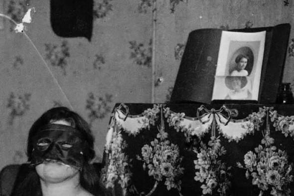 Фотосессия жриц любви 1912 года. Изображение № 23.