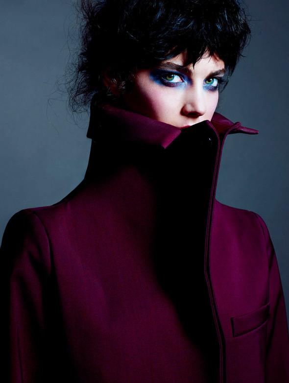 Съёмки: 25, Dazed & Confused, Vogue и другие. Изображение № 10.