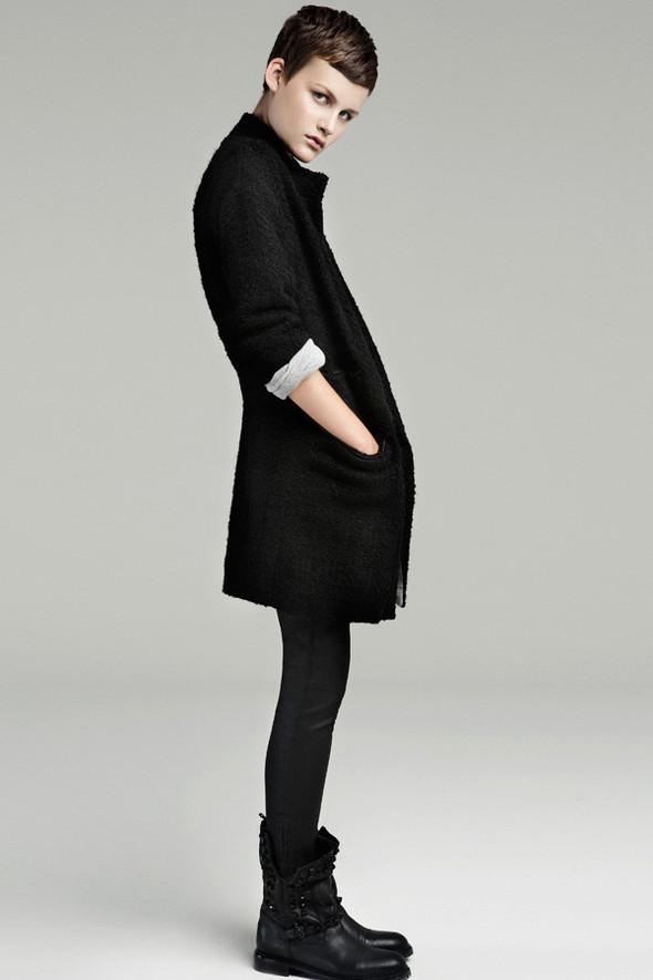 Лукбук: Zara September 2011. Изображение № 10.