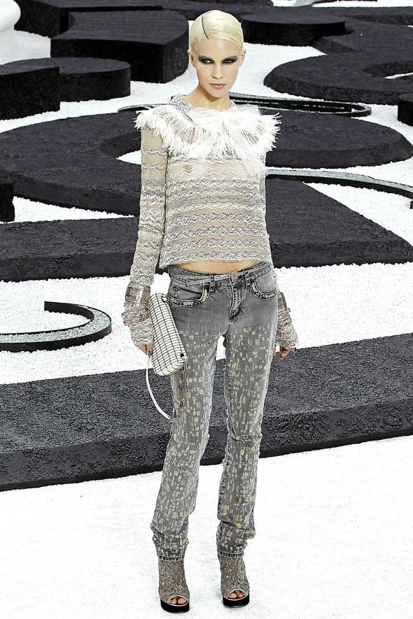 Карл Лагерфельд показал одну из самых красивых коллекций, когда-либо созданных для Chanel. Изображение № 21.