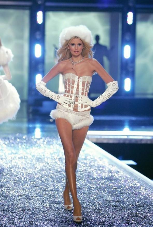 Victoria's Secret Lingerie Fashion Show 2008. Изображение № 29.