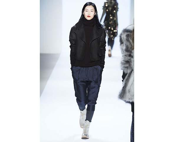 Неделя моды в Нью-Йорке: первые показы. Изображение № 71.