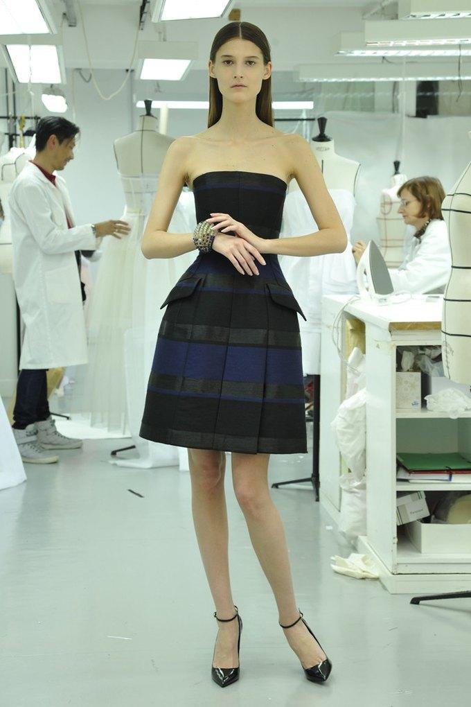 Вышли предосенние лукбуки Dior, Giles и Philosophy. Изображение № 4.