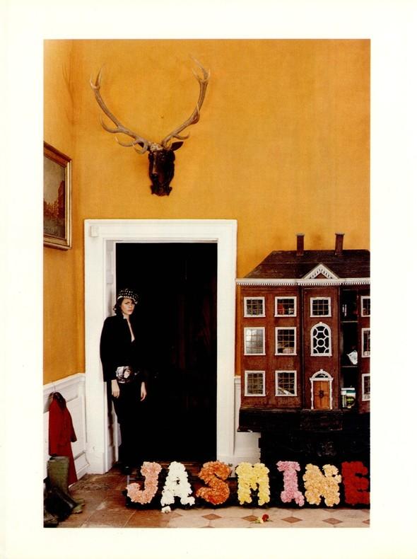 Архивная съёмка: Тим Уокер для итальянского Vogue, 2001. Изображение № 2.