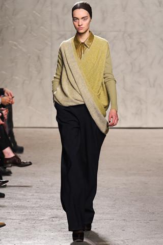 Новости моды: Выставки Chloe и Salvatore Ferragamo, Vogue в Таиланде и проект Michael Kors. Изображение № 17.